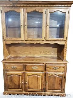 Solid Woodd Mid centry Hutch/China Cabinet