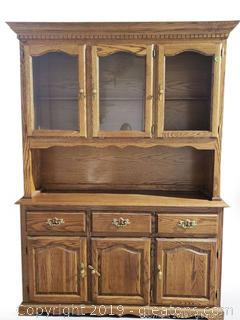 Mid Centry Hutch/China Cabinet