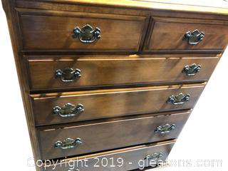 Vintage Chest of Drawers Matches Lot 8014