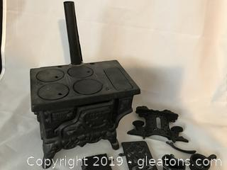 Old fashioned cast iron stove could have been salesmen sample