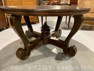 Round dining or Foyer Table