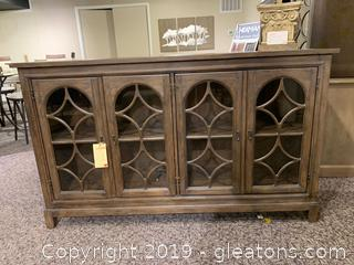 New MFG Hekman Accent Chest / Console Table