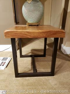 "New ""Ashbury"" End Table By: Horizon Home"