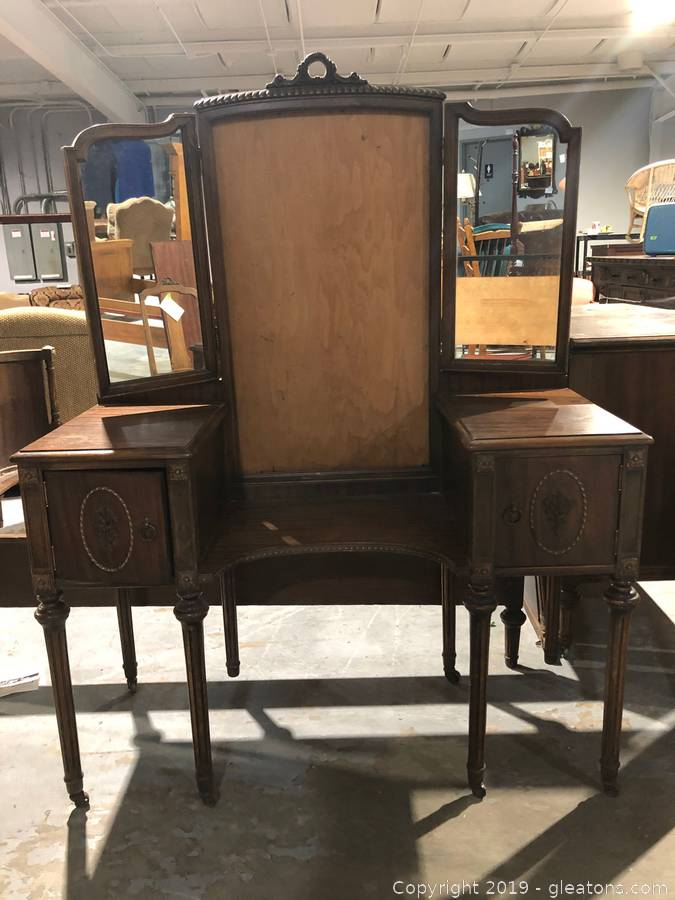 Gleaton S Metro Atlanta Auction Company Estate Sale Business Marketplace Antique Furniture From Avid Collector Item French Colonial Vanity