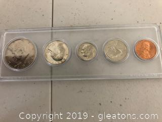 Commernerative 1977 Coin Set with Sample One Dollar Coin.