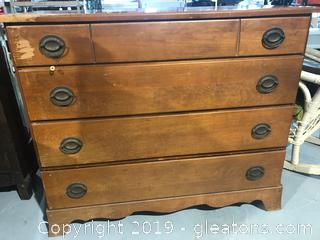 Chest of Drawers Early American furniture Company