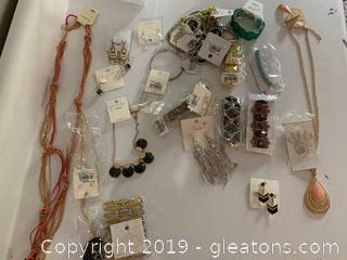 27 Pieces New/Old Stock Costume Jewelry