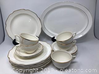 Elegant Porcelain White and Gold China