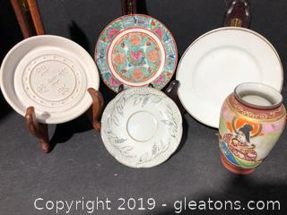 Made in Japan Porcelain China Plate with Vase Set