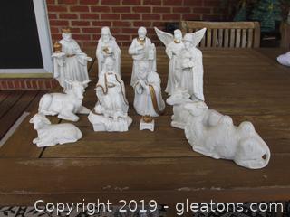 Porcelain Nativity Set 13 Pieces