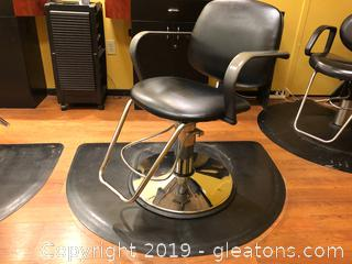 Salon Chair B and Mat