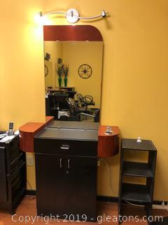 Salon Station E Light, Mirror and Unit