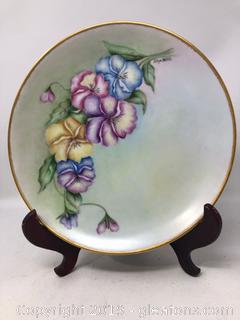 Decorative Floral Pattern Plate