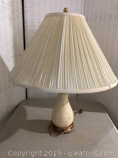 Tan Ceramic and Gold Trim Lamp W/Shade
