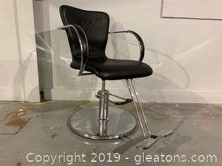Vecco Brand Hair Styling Chair D