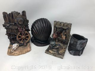 Western and Sea Shell Book Ends