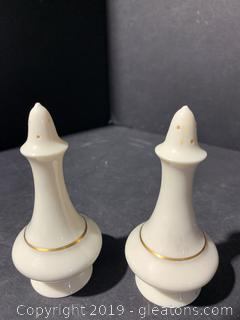 Lenox Salt / Pepper Shakers