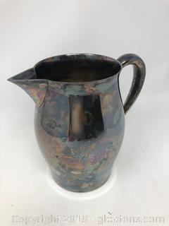 Reed and Barton Beautiful Very Heavy Silver Plated Pitcher