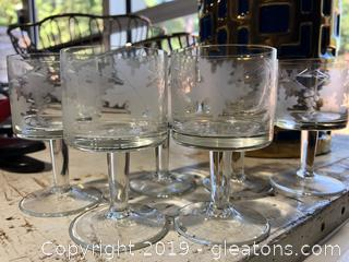 Six Mini Goblets with Frosted Leaf