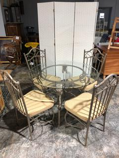 "Iron Table and 4 Chairs 42"" Round"