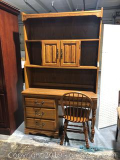 American Drew Desk With Hutch And Chair