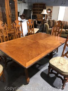 Drexel Heritage Dining Table and 6 Chairs