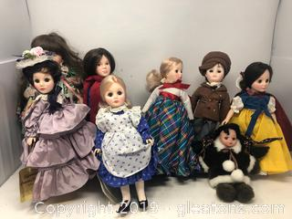 Lot of 8 Dolls