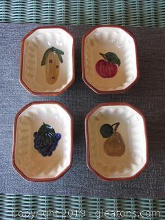 4 Vintage Ceramic Jello Molds Pear, Grapes, Corn & Apple
