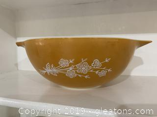 Butterfly Gold Pyrex Cinderella Large