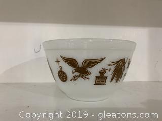 Early American Pyrex Bowl  1½ pt