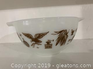 Early American Pyrex 441 Bowl