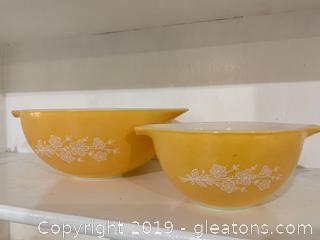 Butterfly Gold Pyrex Nesting Bowls