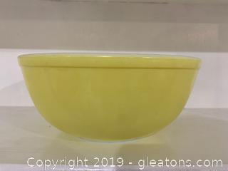 Yellow Pyrex Nesting Bowl 4 qt B