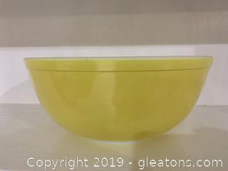 Yellow Pyrex Nesting Bowl 4qt A