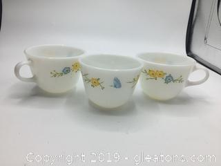 Pyrex  Flirtation Floral Coffee Cups Yellow Blue