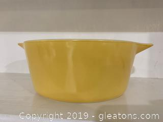 Yellow Nouveau Pyrex Cinderella Casserole