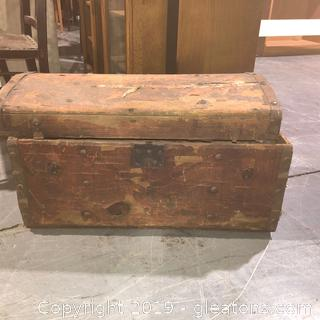 Late 1800s Antique Stage Coach Trunk