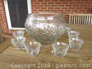 Glass Punch Bowl with Grape Leaf Design 7 cups grape leaf design