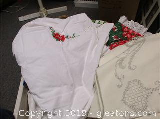 Assorted Christmas Linens