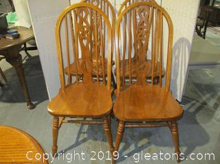 Set of 4 Farmhouse Style Chairs A
