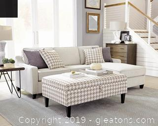 Brand New Scott's Living Sectional Sofa NO RESERVE