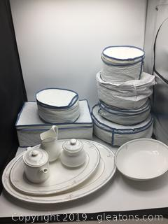 Royal Dulton Fine Bone China Apprx 90pc Set