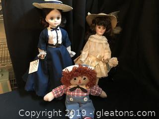 2 Effenbee dolls 1 Raggedy Andy