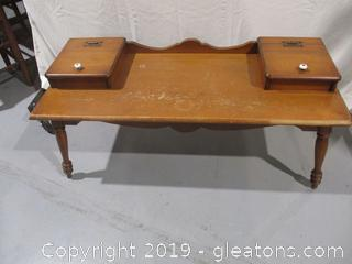 Vintage Colonial Revival Coffee Table with 2 Compartment