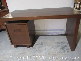 Modern 2 Drawer Desk