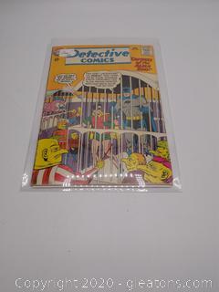 "Detective Comics ""Captives of the Alern Zoo"""
