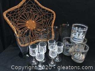 Basket lot of glasses