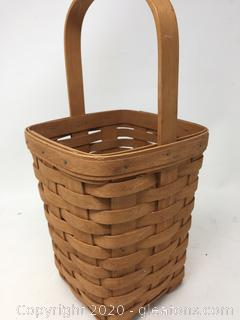 Longaberger Basket (b)
