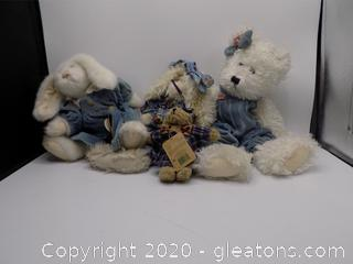 4 Boyds Bears Plush Collectibles B