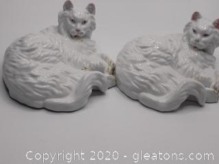 Vintage Porcelain Hand Painted Set of 2 Cats